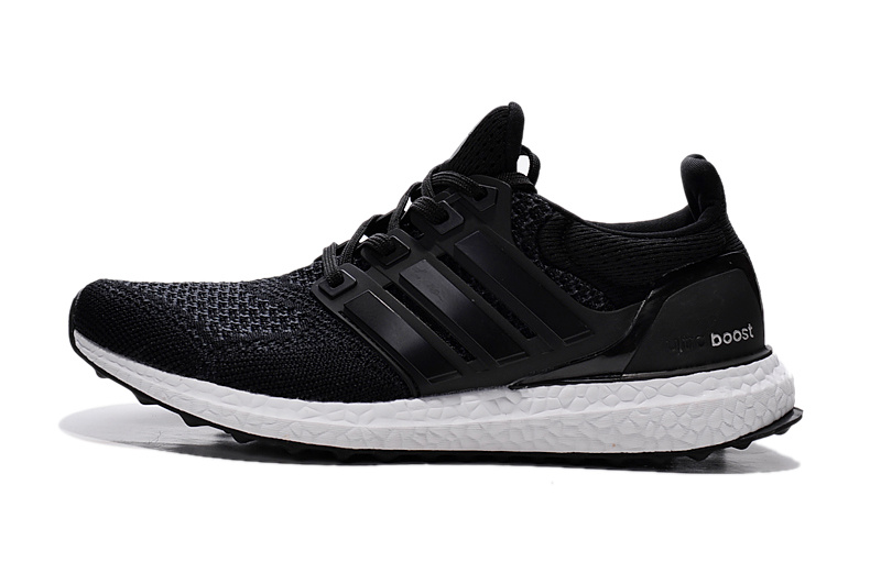 adidas running shoes black