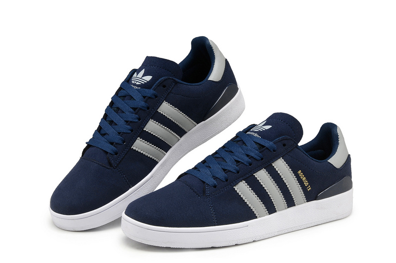 4c20425564bd blue adidas shoes womens