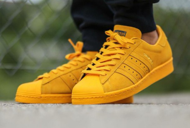 adidas yellow shoe